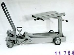 Steinbock Universalhubwagen UH mit Kettbaumauflage 1976